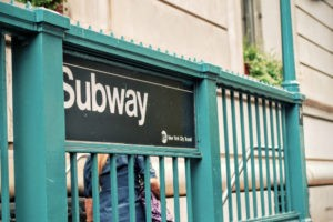 Eingang zur U-Bahn in New York